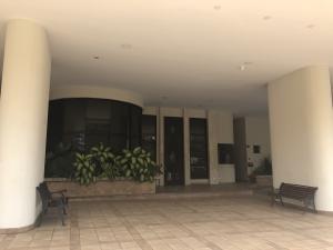 Apartamento En Alquileren Panama, Obarrio, Panama, PA RAH: 20-285