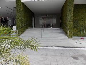 Apartamento En Ventaen Panama, Carrasquilla, Panama, PA RAH: 20-299