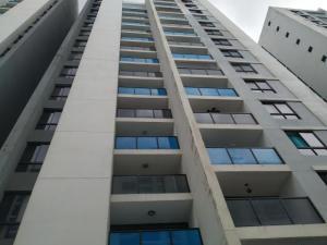 Apartamento En Alquileren Panama, Condado Del Rey, Panama, PA RAH: 20-355