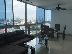 Apartamento En Ventaen Panama, San Francisco, Panama, PA RAH: 20-369