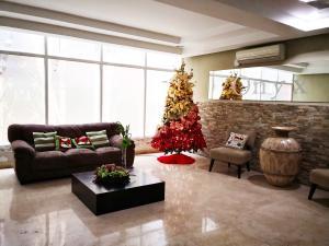 Apartamento En Ventaen Panama, El Cangrejo, Panama, PA RAH: 20-386