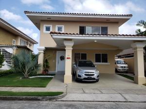 Casa En Alquileren Panama, Brisas Del Golf, Panama, PA RAH: 20-424