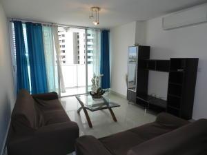 Apartamento En Ventaen Panama, Paitilla, Panama, PA RAH: 20-453