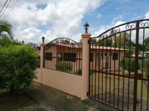 Casa En Alquileren San Jose De David, David, Panama, PA RAH: 20-518