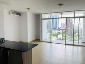Apartamento En Ventaen Panama, San Francisco, Panama, PA RAH: 20-522