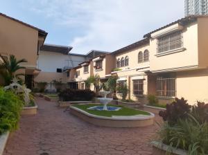 Casa En Ventaen Panama, Pueblo Nuevo, Panama, PA RAH: 20-679