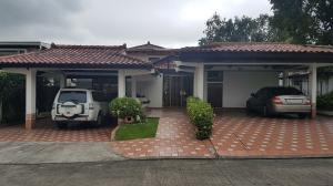 Casa En Ventaen Panama, La Alameda, Panama, PA RAH: 20-745
