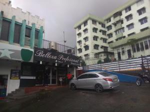 Apartamento En Ventaen Panama, 12 De Octubre, Panama, PA RAH: 20-838