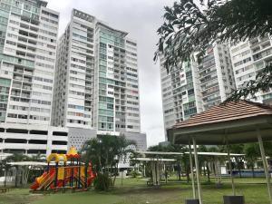 Apartamento En Ventaen Panama, Transistmica, Panama, PA RAH: 20-945