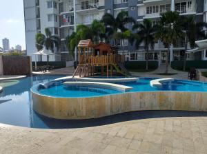 Apartamento En Alquileren Panama, Transistmica, Panama, PA RAH: 20-1083