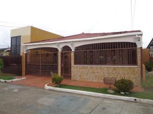 Casa En Ventaen Panama, Don Bosco, Panama, PA RAH: 20-1182