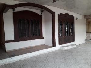 Casa En Ventaen Panama, La Rivera, Panama, PA RAH: 20-1398