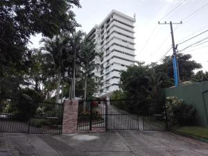 Apartamento En Alquileren Panama, San Francisco, Panama, PA RAH: 20-1403