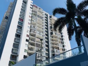 Apartamento En Alquileren Panama, Transistmica, Panama, PA RAH: 20-1681