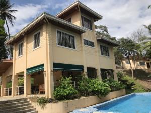 Casa En Ventaen Panama, Las Cumbres, Panama, PA RAH: 20-1688