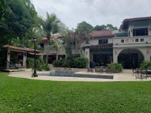 Casa En Alquileren Panama, Altos Del Golf, Panama, PA RAH: 20-1697