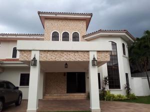 Casa En Alquileren Panama, Costa Del Este, Panama, PA RAH: 20-1717