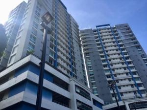 Apartamento En Ventaen Panama, Carrasquilla, Panama, PA RAH: 20-1793