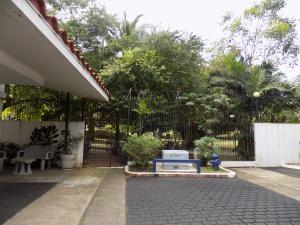 Casa En Ventaen Panama, Altos Del Golf, Panama, PA RAH: 20-1874