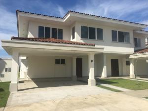 Casa En Alquileren Panama, Santa Maria, Panama, PA RAH: 19-11753
