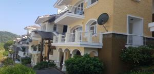 Apartamento En Ventaen Panama, Cocoli, Panama, PA RAH: 20-2004