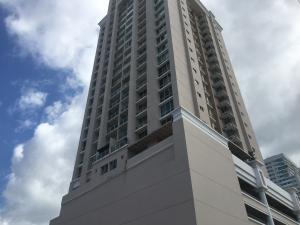 Apartamento En Alquileren Panama, San Francisco, Panama, PA RAH: 20-2065