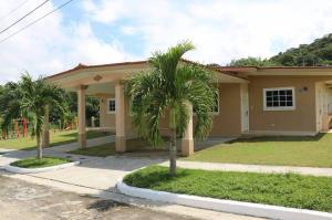 Casa En Ventaen Chilibre, Chilibre Centro, Panama, PA RAH: 20-2092