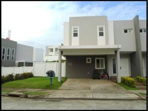 Casa En Alquileren Panama, Brisas Del Golf, Panama, PA RAH: 20-2094