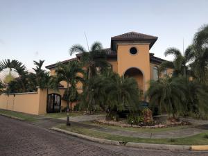 Casa En Ventaen Panama, Costa Del Este, Panama, PA RAH: 20-2105