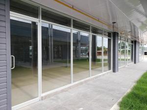 Retail En Alquileren Panama, Tocumen, Panama, PA RAH: 20-2107