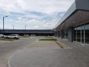 Retail En Alquileren Panama, Tocumen, Panama, PA RAH: 20-2108
