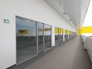 Retail En Alquileren Panama, Tocumen, Panama, PA RAH: 20-2113