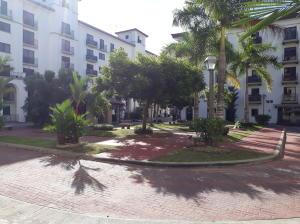 Apartamento En Ventaen Panama, Albrook, Panama, PA RAH: 20-2157