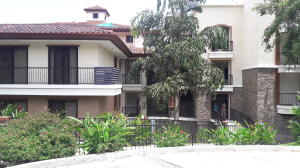 Apartamento En Ventaen Panama, Clayton, Panama, PA RAH: 20-2204