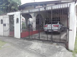 Casa En Ventaen Panama, Las Cumbres, Panama, PA RAH: 20-2280