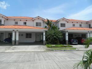 Casa En Ventaen Panama, Versalles, Panama, PA RAH: 20-2339