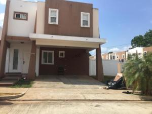 Casa En Ventaen Panama, Brisas Del Golf, Panama, PA RAH: 20-2471