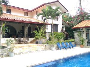 Casa En Ventaen Panama, Clayton, Panama, PA RAH: 20-2630