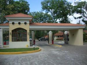 Casa En Alquileren Panama, Clayton, Panama, PA RAH: 20-2761