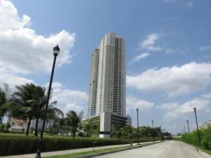 Apartamento En Alquileren Panama, Santa Maria, Panama, PA RAH: 20-2786
