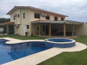 Casa En Alquileren Chame, Coronado, Panama, PA RAH: 20-2977