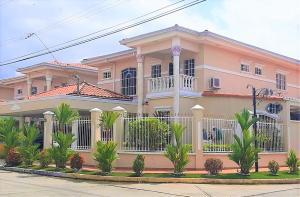 Casa En Ventaen Panama, Condado Del Rey, Panama, PA RAH: 20-3006
