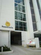 Apartamento En Ventaen Panama, Carrasquilla, Panama, PA RAH: 20-3009