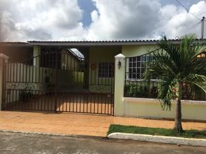 Casa En Ventaen San Miguelito, San Antonio, Panama, PA RAH: 20-3258