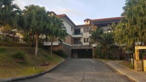 Apartamento En Ventaen Panama, Clayton, Panama, PA RAH: 20-3285