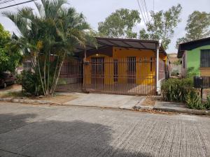 Casa En Alquileren San Miguelito, Villa Lucre, Panama, PA RAH: 20-3301
