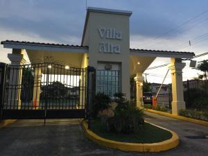 Casa En Ventaen San Miguelito, Brisas Del Golf, Panama, PA RAH: 20-3322