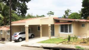 Casa En Alquileren Arraijan, Vista Alegre, Panama, PA RAH: 20-3369