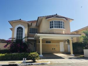 Casa En Alquileren Panama, Clayton, Panama, PA RAH: 20-3370