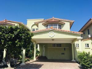 Casa En Alquileren Panama, Clayton, Panama, PA RAH: 20-3371